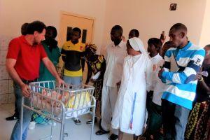 Neonatologia per l'ospedale G. Paolo II di Bossemptélé - RCA