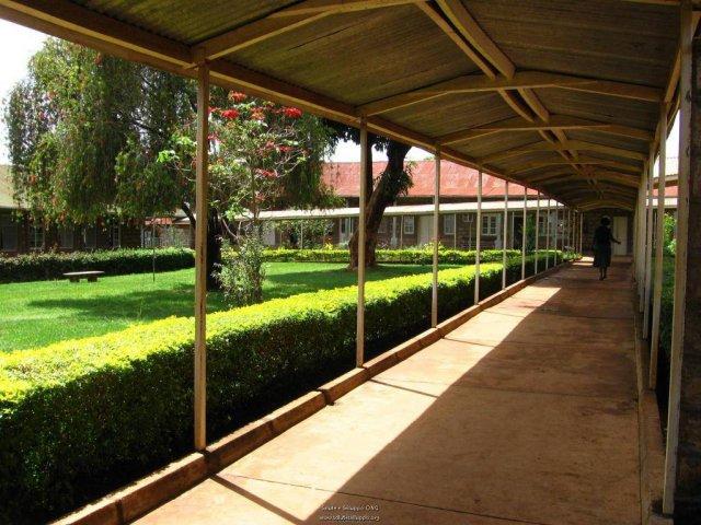 phoca_thumb_l_il consolata hospital 4